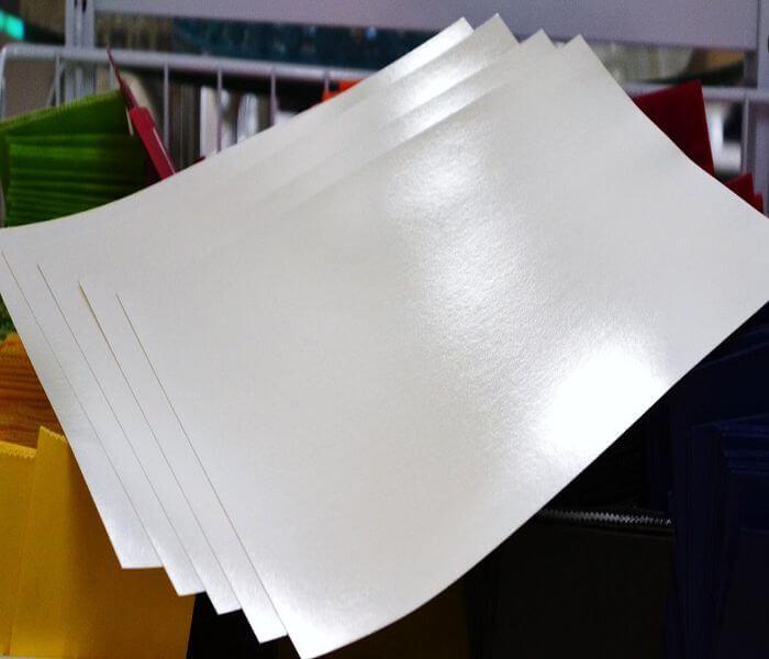 giấy Crystal - Phân biệt các loại giấy in dùng trong in ấn.